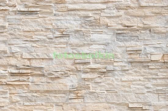 Белая каменная стена