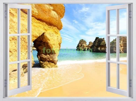 Окно с видом на пляж и скалы