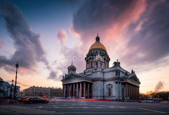 Исаакиевский собор на закате