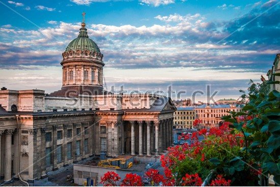 Вид из окна на Санкт-Петербург