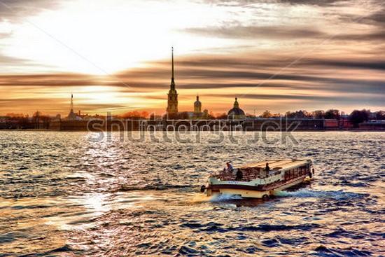 Вид на крепость в Петербурге