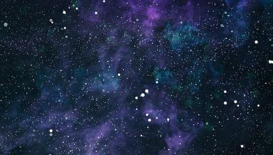 Фиолетово-голубое звездное небо