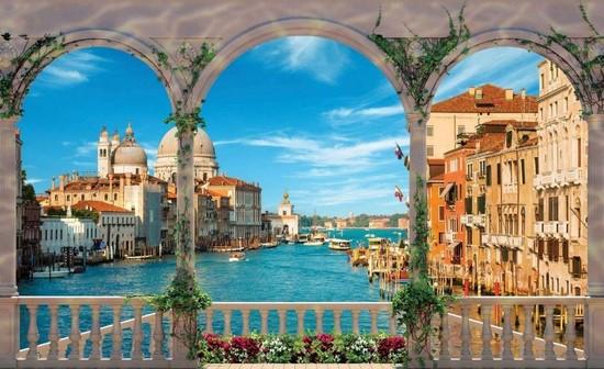 Вид с балкона на Венецию и Итальянски канал