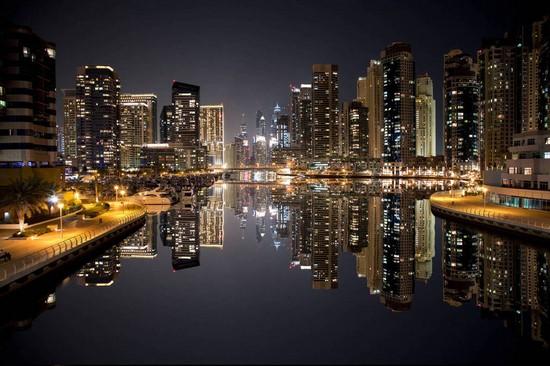 Спокойный ночной город