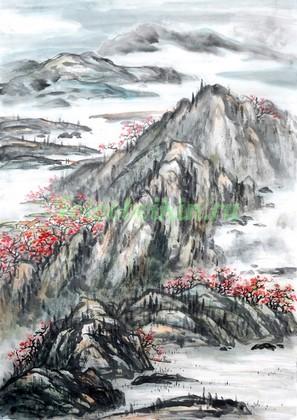 Горы в красных деревьях