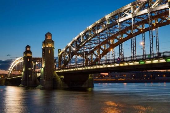 Большеохтинский мост ночь