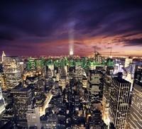 Яркие огни небоскребов