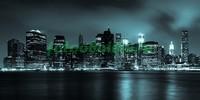 Ночной город в холодных тонах