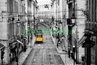 Желтый трамвай в Португалии