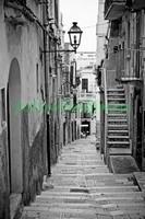 Улочка с лестницей