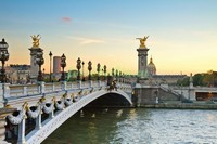 Мост в Париже