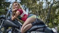 Красотка и мотоцикл