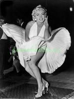 Мерлин Монро в развивающемся платье