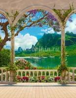 Арка с видом на озеро