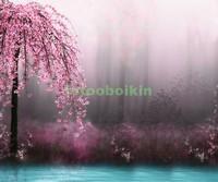 Сакура около воды