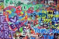 Графити на кирпичной стене