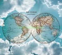 Карта мира на фоне неба