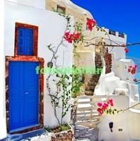 Синие двери в Греции