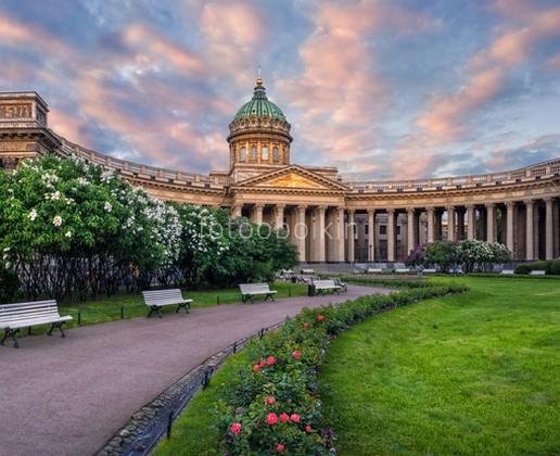 Казанский собор вечером