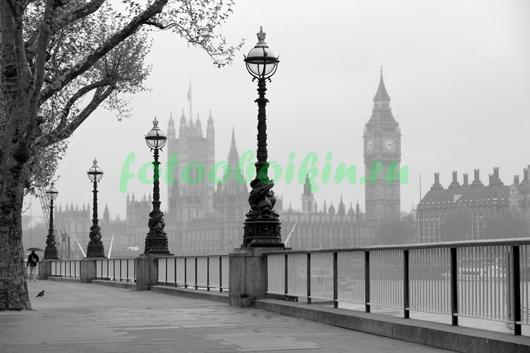Пасмурная набережная Лондона