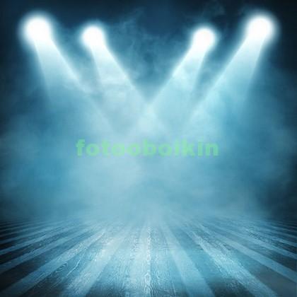 Сцена с прожекторами