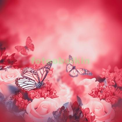 Букет цветов с бабочками
