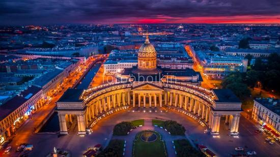 Казанский собор вид сверху ночью
