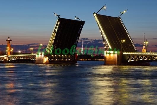 Фотообои Разведенный мост