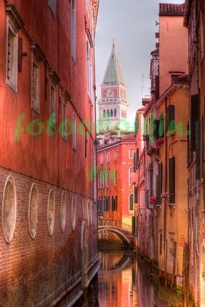 Часовая башня в Венеции
