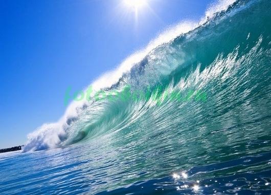 Огромная волна
