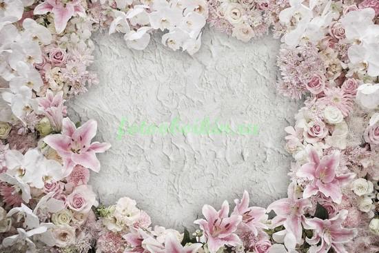Рамка из нежных цветов