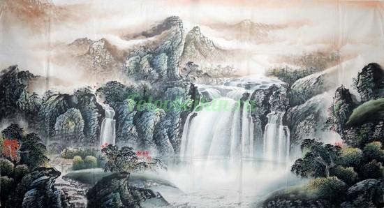 Горы лес и водопад