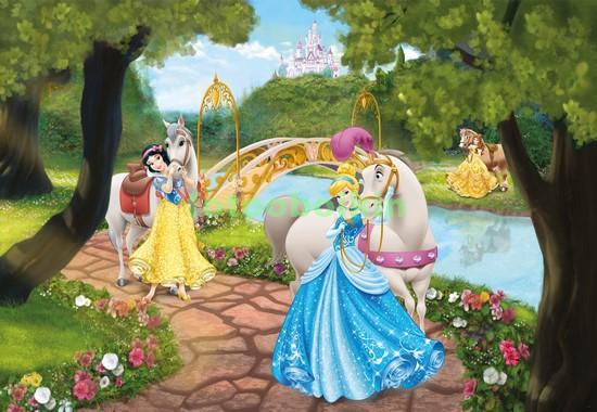 Фотообои Принцессы в парке