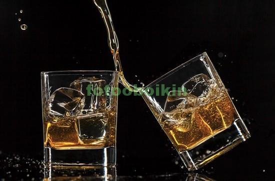 Фотообои Два стакана виски
