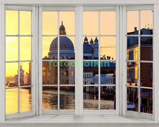 Фотообои Окно с видом на Венецию вечером