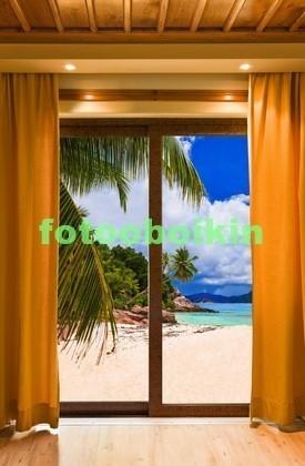 Фотообои Стеклянные двери с видом на пляж