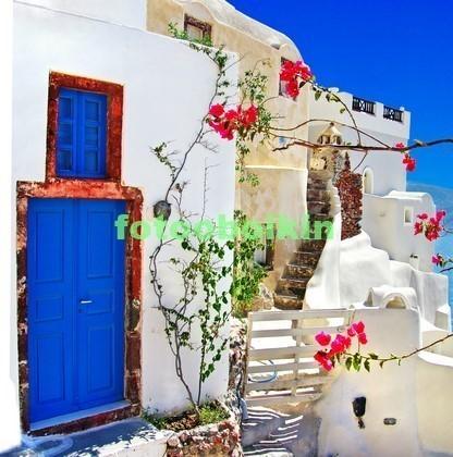 Фотообои Синие двери в Греции