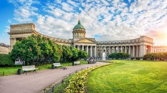Фотообои Казанский собор днем