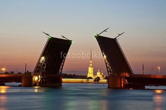 Фотообои Разведенные мосты Санкт-Петербурга