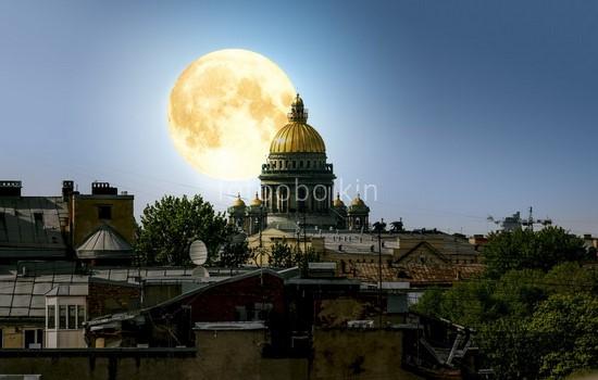 Фотообои Санкт-Петербург луна