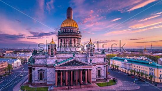 Фотообои Красивый собор в Петербурге