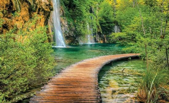 Фотообои Деревянный мост к водопаду