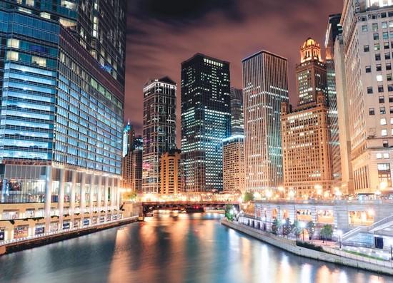 Фотообои Серебрянный канал в городе