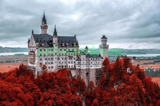 Фотообои Замок осенью