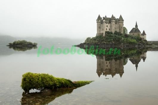 Фотообои Замок в тумане