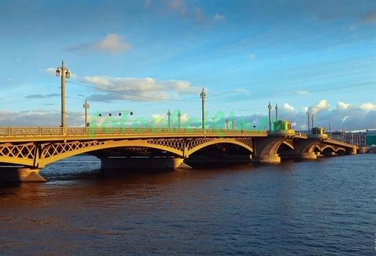 Троицкий мост вечером