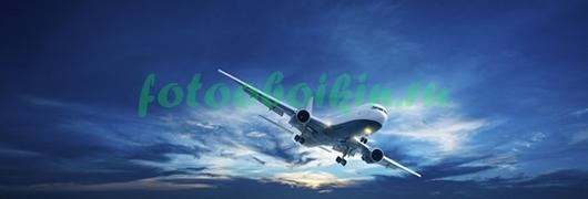 Фотообои Самолет в голубом небе