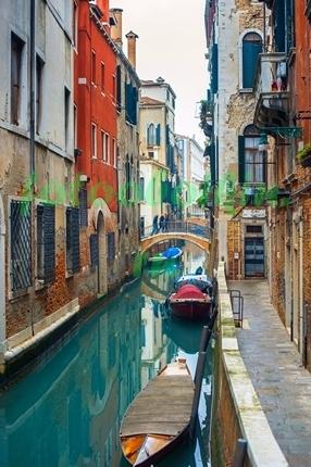 Фотообои Каналчик в  Венеции