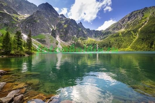Фотообои Водоём в горах