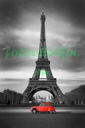 Фотообои Маленькая красная машинка в Париже